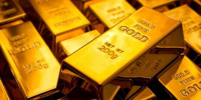 بريق الذهب يعاود تألقه من أدنى مستوى.. والأوقية تسجل 1727.27 دولارا