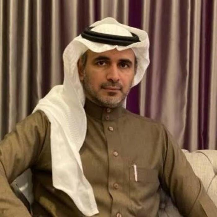 مدون سعودي يعلق على تذلل أردوغان لماكرون