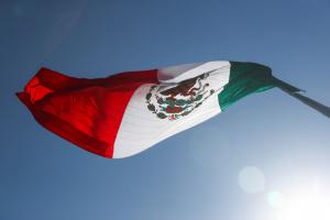 المكسيك تسجل 1035 وفاة و7913 إصابة بكورونا