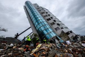 زلزال بقوة 6.3 ريختر يضرب اليونان