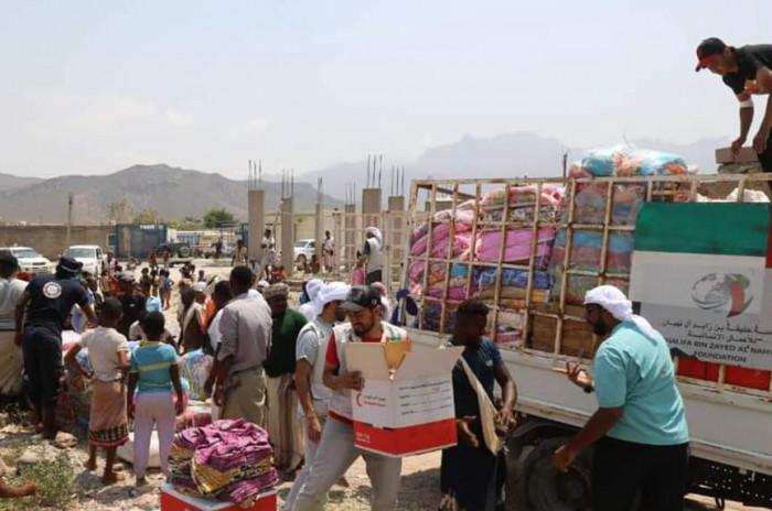 """""""خليفة الإنسانية"""" توجه قافلة إغاثية إلى 30 نوفمبر بسقطرى"""