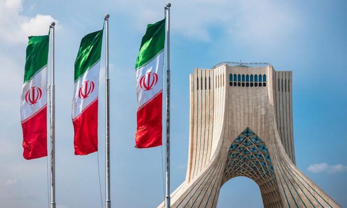 بعد ضغوط دولية.. إيران توافق على التعاون مع الطاقة الذرية بشأن أنشطتها النووية