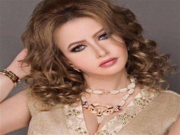 مي العيدان تطلب الدعاء لفنانة أصيبت بالشلل بسبب عمليات التجميل (فيديو)