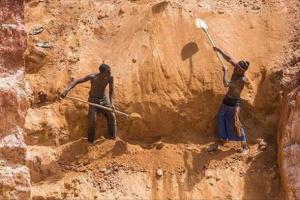 السودان.. مصرع 6 أشخاص في انهيار منجم ذهب