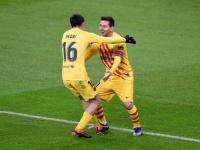 كومان يعلن تشكيل برشلونة لمباراة أوساسونا بالدوري الإسباني