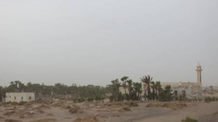 هجوم حوثي بالأسلحة الثقيلة على أهالي الفازة