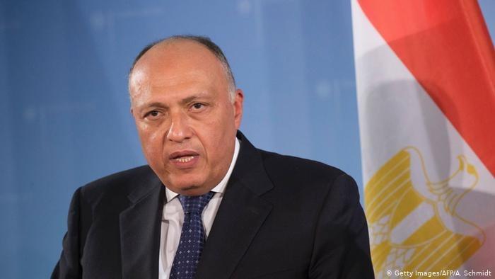 مصر تؤكد على ضرورة استكمال المسار السياسي في ليبيا وإخراج القوات الأجنبية