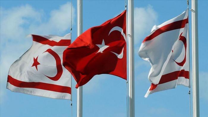 قبرص واليونان يناقشان كيفية مواجهة تركيا