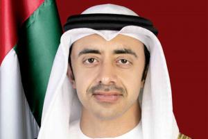 وزير الخارجية الإماراتي: نؤمن بأهمية تعزيز علاقات التعاون مع دول العالم