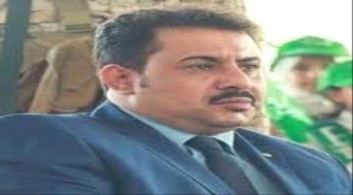 الشعيبي: الإرهابيون يجتازون نقاط الإخوان في أبين بأمان