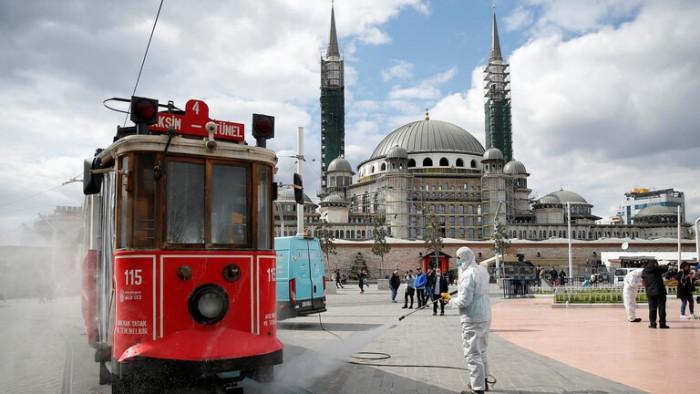 الصحة التركية تسجل أكثر من 26 ألف إصابة جديدة بكورونا