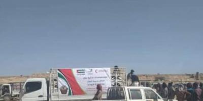 """""""هلال الإمارات"""" يوزع 500 سلة غذاء في الطلح"""
