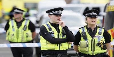 إصابة 8 من قوات الأمن في بريطانيا جراء أعمال شغب