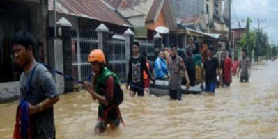 ارتفاع حصيلة المفقودين في انهيارات أرضية شرق إندونيسيا إلى 44 شخصا