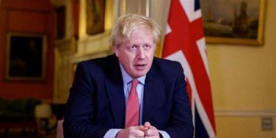 جونسون يضع خطط إعادة فتح الاقتصاد ببريطانيا