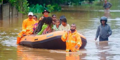 إندونيسيا.. ارتفاع حصيلة ضحايا الفيضانات والانهيارات الأرضية إلى 128 قتيلا