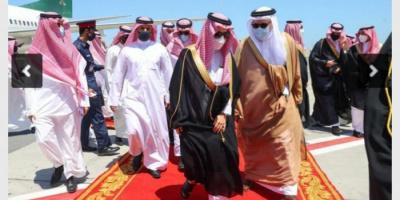 وزير الخارجية السعودي يصل إلى البحرين في زيارة رسمية له