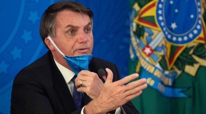 الرئيس البرازيلي يتجاهل دعوات تطالب بإغلاق البلاد