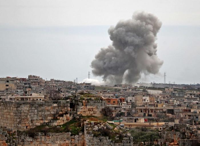مقتل وإصابة 11 مدنيًا في قصف مدفعي على ريف حلب
