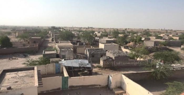 مليشيا الحوثي تفتح نيرانها على مديرية حيس