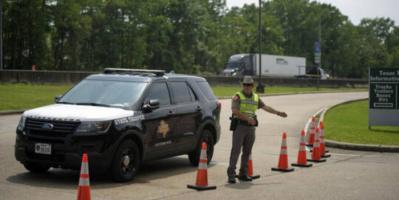الشرطة الأمريكية تتعاملومع حادث إطلاق نار في ولاية تكساس