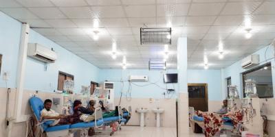 الصليب الأحمر: مواد طبية وجهاز أشعة لمرافق طبية بعدن