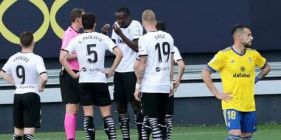 براءة كالا من تهمة توجيه إهانة عنصرية للاعب فالنسيا