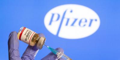 فايزر وبيونتك تطلبان بتمديد الاستخدام الطارئ للقاحهما للمراهقين