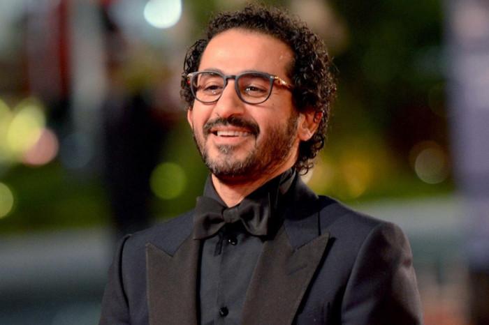 """أحمد حلمي """"تريند"""" تويتر بسبب منة عرفة"""