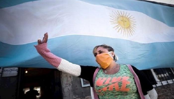 الأرجنتين تُسجل 228 وفاة و24130 إصابة جديدة بكورونا