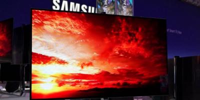 """سامسونغ تتجه لشراء لوحات تلفاز """"OLED"""" من """"إل جي"""""""