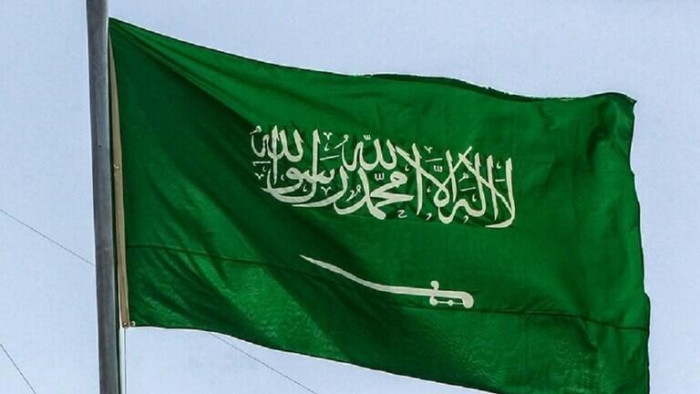 السعودية تسجل 842 إصابة جديدة مؤكدة بكورونا وتعافي 706