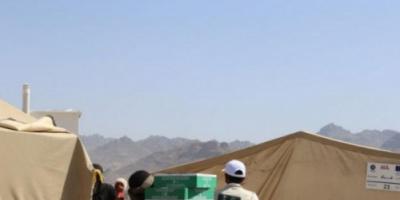 """""""سلمان للإغاثة"""" يوزع التمور في عدن ومحافظتين"""
