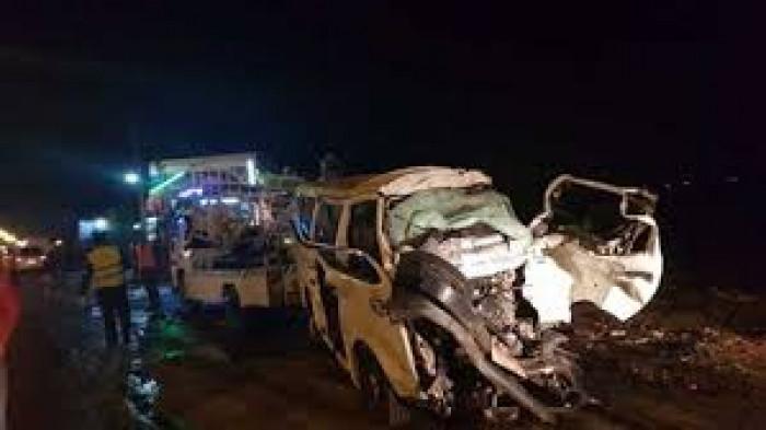 مصرع وإصابة 20 شخصًا في حادث تصادم بمصر