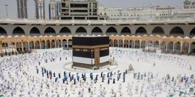 السعودية تعلن ضوابط وآليات أداء مناسك العمرة للقادمين من الخارج