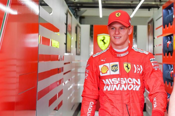 شوماخر يسعى للظهور بشكل أفضل في السباق الثاني لموسم فورمولا-1