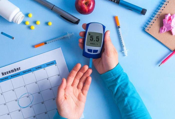 دراسة تكشف مدى خطورة ارتفاع مستويات سكر الدم على حياة حامل المرض
