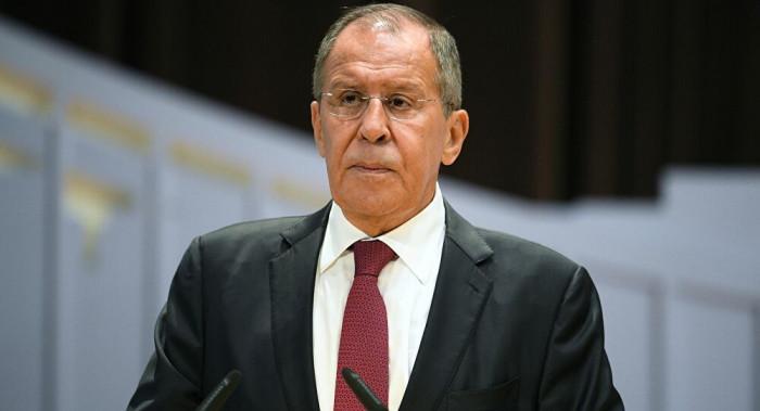 روسيا تتهيأ لطرد 10 دبلوماسيين أمريكيين من أرضها