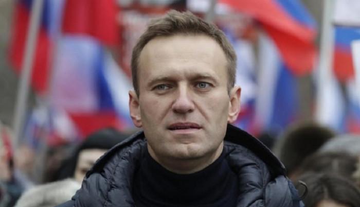 بايدن: نافالني الروسي يعيش وضعًا صعبًا