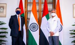 الشيخ عبد الله بن زايد يستقبل وزير الشؤون الخارجية بالهند