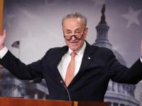 زعيم الديمقراطيين بالكونجرس يدعم خطة بايدن للاستثمار بالبنية التحيتة