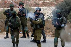 الاحتلال الإسرائيلي يعتقل فلسطينيا من مدينة الخليل