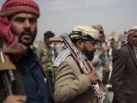 """التهديدات الحوثية.. فسادٌ لا تريد المليشيات """"مراقبته"""""""