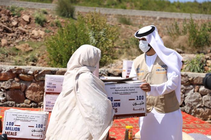 """بعد 10 أيام من إطلاقها.. """"الإمارات"""" تنجح في إطعام 100 مليون صائم حول العالم"""