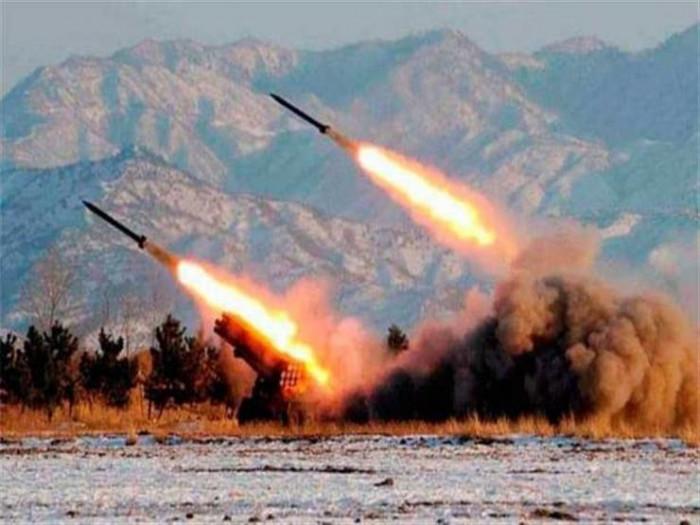 """العراق.. استهداف قاعدة """"أمريكية"""" قرب مطار بغداد بصواريخ كاتيوشا"""
