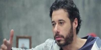 """بعد انسحابه من """"كله بالحب"""".. أحمد السعدني مع نجله في ظهور جديد (فيديو)"""