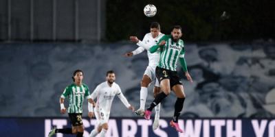 ريال بيتيس يحبط ريال مدريد ويعزز أمال أتلتيكو وبرشلونة في الدوري الإسباني