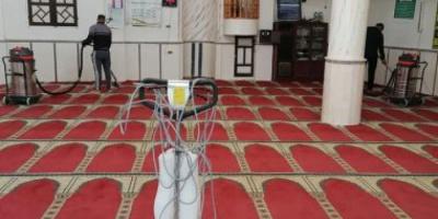 إغلاق 22 مسجدًا مؤقتًا في 9 مناطق بالسعودية