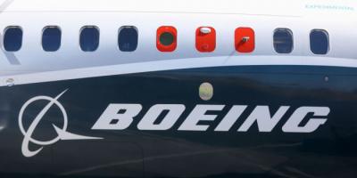 بوينغ توقف تسليم طائرات 737 ماكس بعد وجود عطل