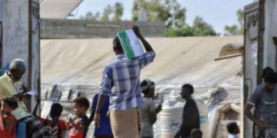 توزيع مساعدات غذائية سعودية في العاصمة عدن